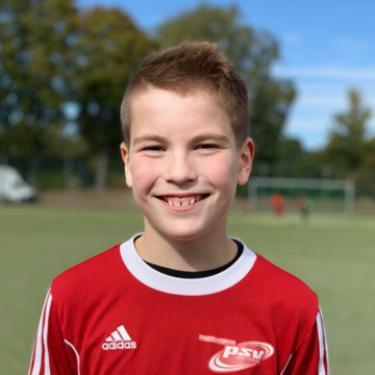 Adrain Plott, Fußballspieler beim PSV Rostock E-Junioren I